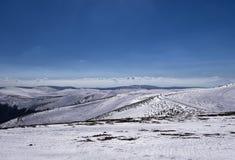 Snowy-Steigung in 3-5 Pigadia der Skimitte, Naoussa, Griechenland Lizenzfreies Stockfoto