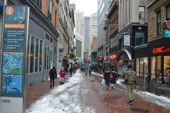 Snowy-Straße nach Wintersturm in Boston, USA am 11. Dezember 2016 Lizenzfreie Stockfotos