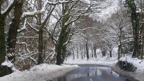 Snowy-Szene auf einer Landstraße in Exmouth Devon in England Stockbild