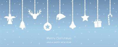 Snowy-Weihnachtsgrußkarte mit hängender Dekoration stock abbildung