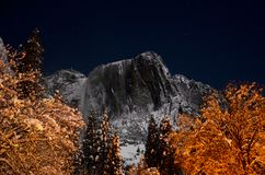 Snowy Yosemite Point Night stock photography