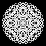 Snöra åt den pappers- doilyen för rundan, den spets- snöflingan som hälsar beståndsdelen, mallen för den bitande plottaren, runda Royaltyfri Bild