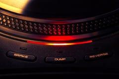 Snurrskivtallrik med kontrollljus som vänds på fotografering för bildbyråer