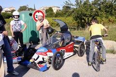 Soapboxrace in het dorp van Tornac wordt georganiseerd die Royalty-vrije Stock Foto's