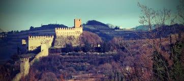 Soave Verona Italy Ancient Castle con le pareti medievali Fotografia Stock
