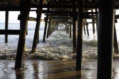 Sob o passeio à beira mar Foto de Stock