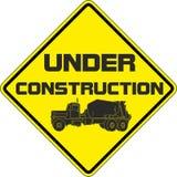 Sob o sinal da construção Imagem de Stock