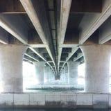 Sob a ponte imagem de stock royalty free