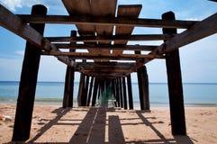 Sob a ponte Foto de Stock Royalty Free