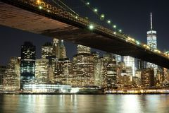 Sob a ponte de Brooklyn Imagens de Stock