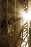Sob a ponte de porta dourada Imagens de Stock