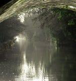 Sob uma ponte no rio Wey Imagem de Stock