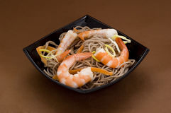 Soba noodles with shrimps Royalty Free Stock Photography