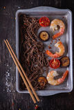 Soba noodles and shrimps Royalty Free Stock Photography