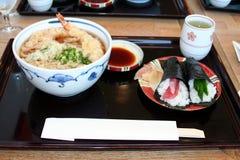 Soba und Sushi Lizenzfreies Stockfoto