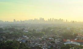 Sobborgo di Manila della metropolitana Immagine Stock Libera da Diritti