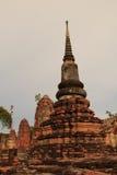 Sobras antigas do templo de Wat Ratchaburana no Ayutthaya Hist Foto de Stock