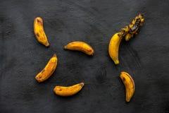 Sobre bananas maduras imagem de stock royalty free
