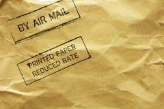 Sobre de la carta con el sello del correo aéreo foto de archivo