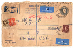 Sobre de la vendimia con los sellos imágenes de archivo libres de regalías