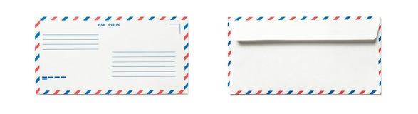 Sobre en blanco del correo a?reo aislado imágenes de archivo libres de regalías