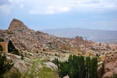 Sobre la mirada de la ciudad antigua de Goreme, Cappadocia imagen de archivo libre de regalías