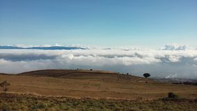 Sobre lasów nubes Obrazy Stock