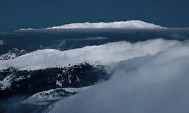 Sobre las colinas y lejos Imagen de archivo