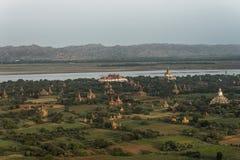 Sobre los templos de Bagan foto de archivo libre de regalías