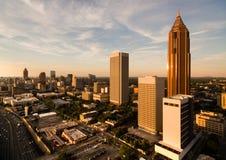 Sobre o crepúsculo do centro Geórgia de Atlanta GA da skyline da cidade fotografia de stock royalty free