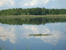 Sobre o lago imagens de stock royalty free