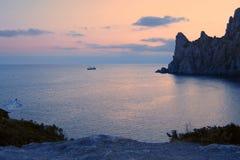 Sobre o mar e um navio foto de stock royalty free