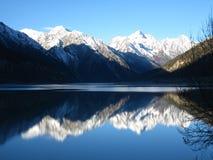 Sobre paisaje del lago Rawu Imágenes de archivo libres de regalías