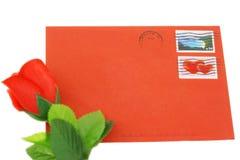 Sobre para el día de tarjeta del día de San Valentín Imágenes de archivo libres de regalías