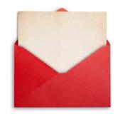 Sobre rojo con la tarjeta imágenes de archivo libres de regalías