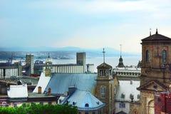 Sobre tejados en la ciudad de Quebec vieja Fotografía de archivo