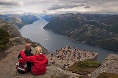 Sobre a vaidade. Preikestolen, Noruega. Fotos de Stock