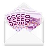 Sobre y quinientos billetes de banco euro Imagenes de archivo