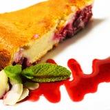 Sobremesa - bolo das cerejas Foto de Stock Royalty Free