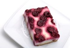 Sobremesa - bolo de queijo da cereja Fotografia de Stock Royalty Free
