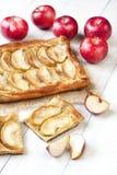 Sobremesa caseiro da torta de Apple Fotos de Stock Royalty Free