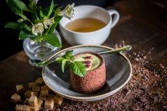 Sobremesa com chá Imagens de Stock Royalty Free