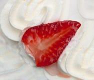 Sobremesa com morango Fotografia de Stock Royalty Free