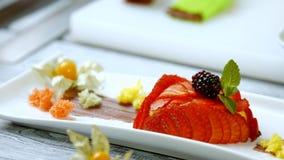 Sobremesa com morango e amora-preta filme