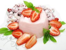 Sobremesa da morango com pudim Fotografia de Stock