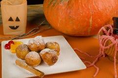 Sobremesa de Dia das Bruxas do espanhol imagens de stock