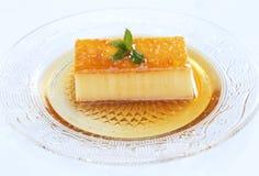 Sobremesa deliciosa do caramelo de nata Fotografia de Stock