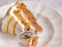 Sobremesa do bolo de cenoura foto de stock