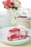 Sobremesa do bolo de queijo da framboesa Fotos de Stock