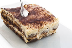 Sobremesa do Tiramisu isolada no branco Fotos de Stock